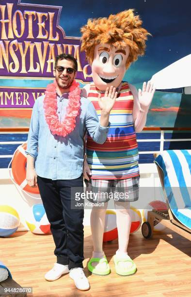 Andy Samberg poses at the photo call For Sony Pictures' 'Hotel Transylvania 3 Summer Vacation' at Sony Pictures Studios on April 11 2018 in Culver...