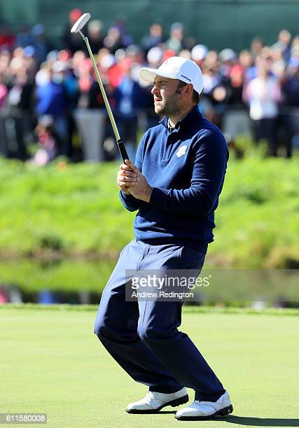 Andy Sullivan of Europe reacts to a missed putt on the 16th green during morning foursome matches of the 2016 Ryder Cup at Hazeltine National Golf...