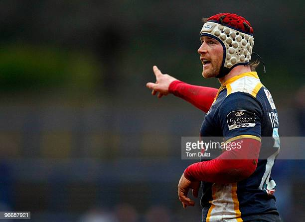 Andy Titterrell of Leeds Carnegie in action during the Guinness Premiership match between Leeds Carnegie and Leicester Tigers at Headingley Stadium...