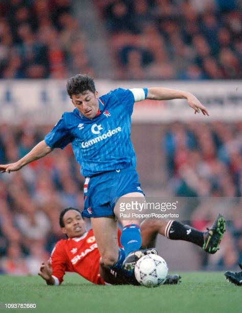 Andy Townsend of Chelsea is tackled by Paul Ince of Manchester United during a Barclays League DIvision One match at Old Trafford on November 25,...