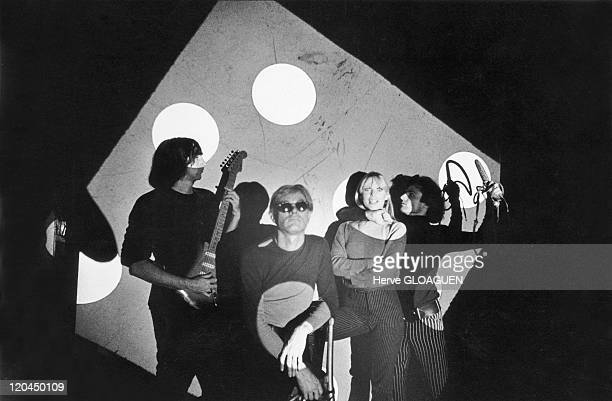 Andy Warhol and the Velvet Underground in New York, United States in 1965 - The American artist Andy Warhol and the Velvet Underground group at the...