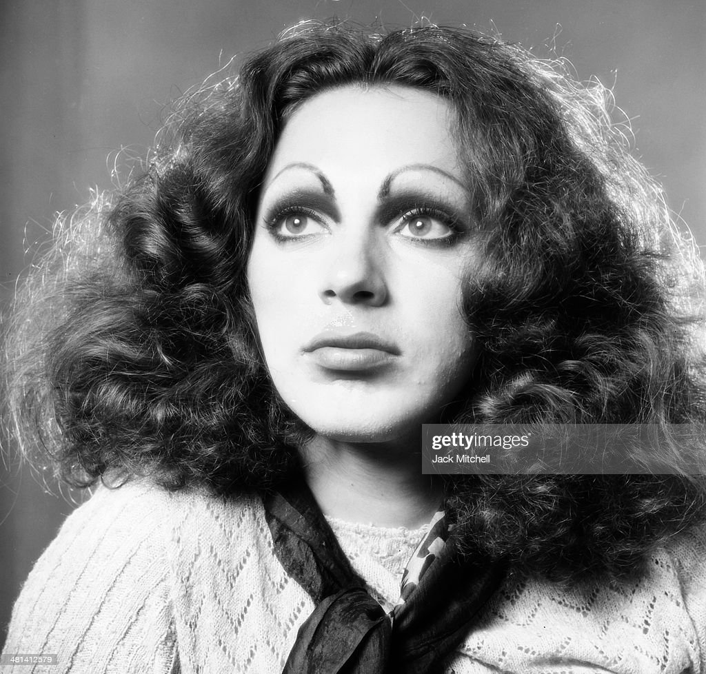 Forum on this topic: Cara Horgan, holly-woodlawn/