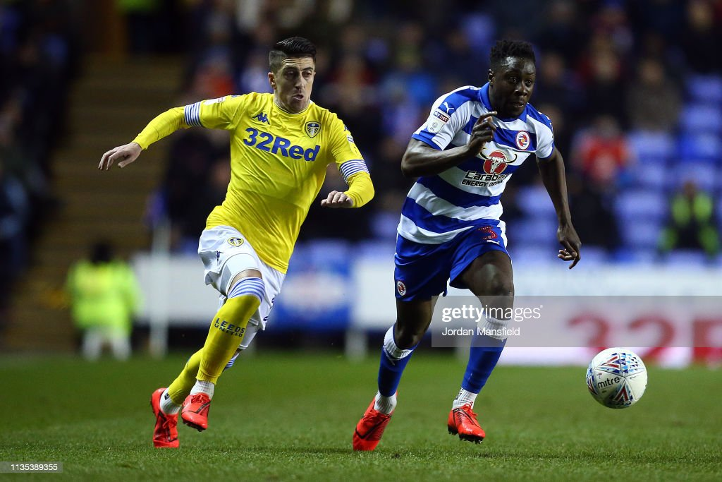 Reading v Leeds United - Sky Bet Championship : News Photo