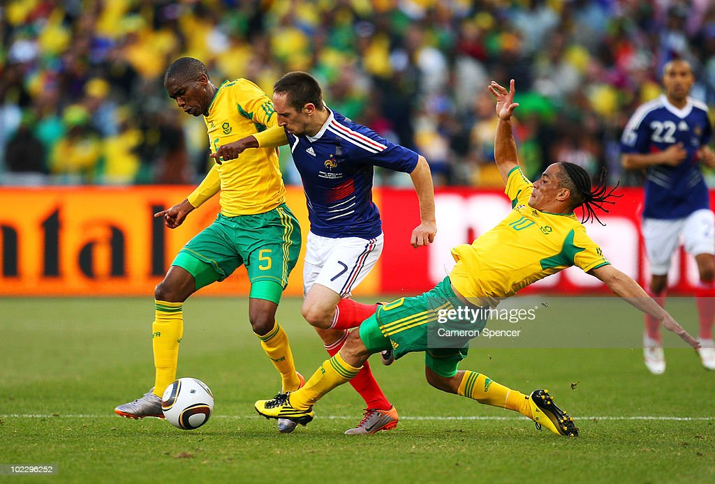Anele Ngcongca And Steven Pienaar Of South Africa Tackle Franck News Photo Getty Images