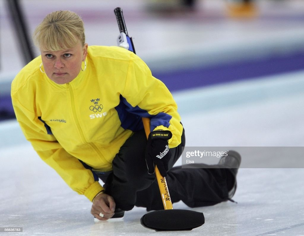 Anette Norberg anette norberg of sweden watches the stone during the