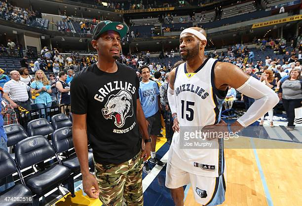Anfernee Hardaway and Vince Carter of the Memphis Grizzlies after the game against the Golden State Warriors during Game Six of the Western...