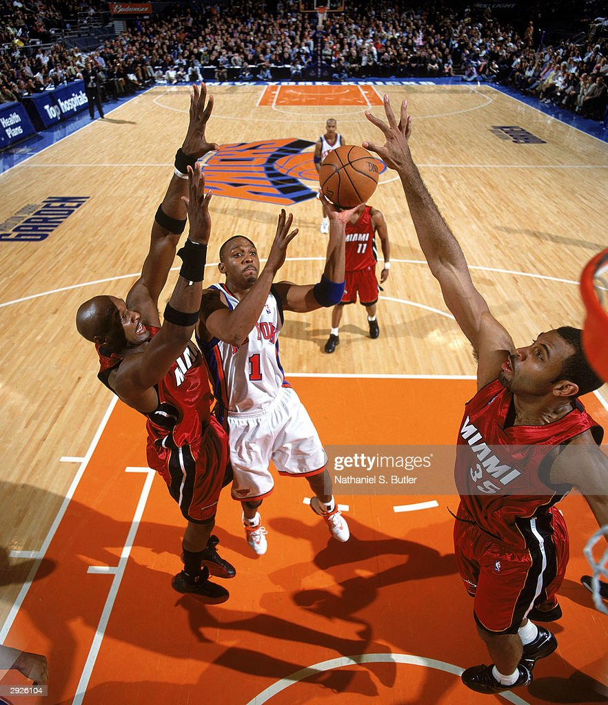 Miami Heat v New York Knicksの...