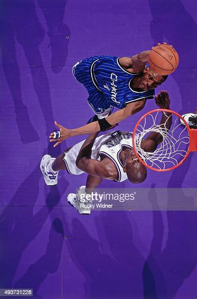 Anfernee Hardaway of the Orlando Magic shoots against the Sacramento Kings on March 28 1995 at Arco Arena in Sacramento California NOTE TO USER User...