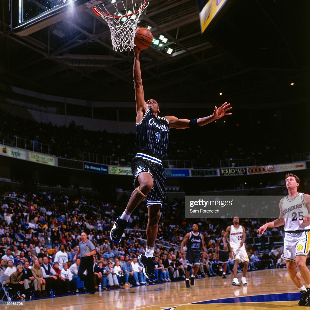 Orlando magic v golden state warriors pictures getty images anfernee penny hardaway 1 of the orlando magic dunks against mark price 25 of sciox Gallery
