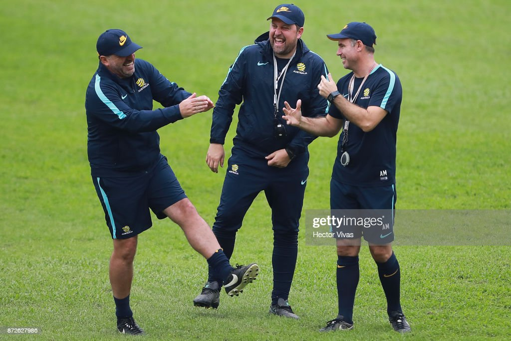 Socceroos Press Conference & Training : News Photo