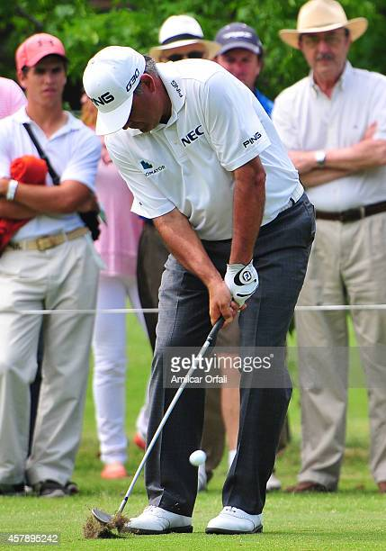 Angel Cabrera of Argentina plays a putt during the final round of the America's Golf Cup as part of PGA Latinoamerica tour at Olivos Golf Club on...