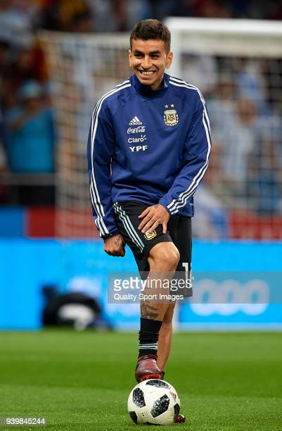 Angel Correa of Argentina warms up during the international friendly match between Spain and Argentina at Wanda Metropolitano stadium on March 27...