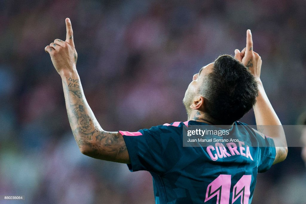 Angel Correa of Atletico Madrid celebrates after scoring goal during the La Liga match between Athletic Club Bilbao and Atletico Madrid at San Mames Stadium on September 20, 2017 in Bilbao, Spain.