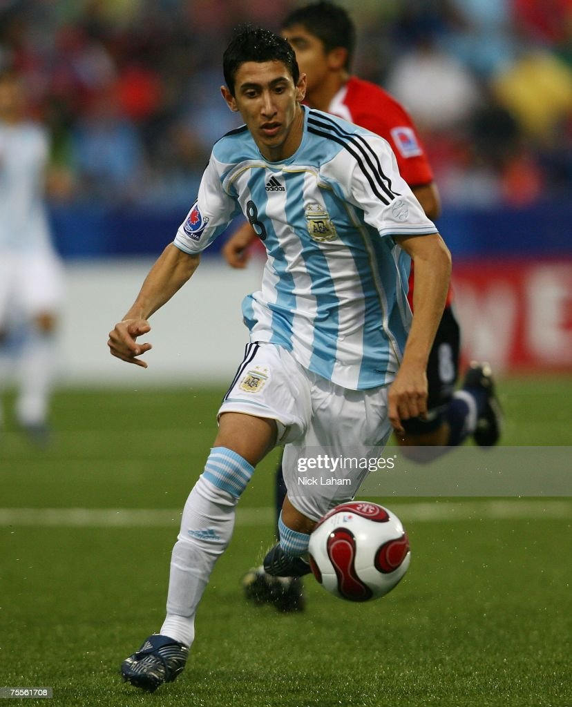 Angel Di Maria #18 of Argentina chases the ball against Chile during their semi-final game at the Fifa U-20 World Cup Canada 2007 at the National Soccer Stadium July 19, 2007 in Toronto, Canada.