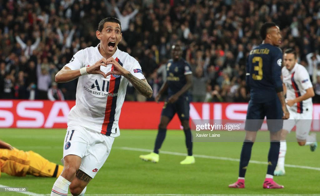 Paris Saint-Germain v Real Madrid: Group A - UEFA Champions League : News Photo