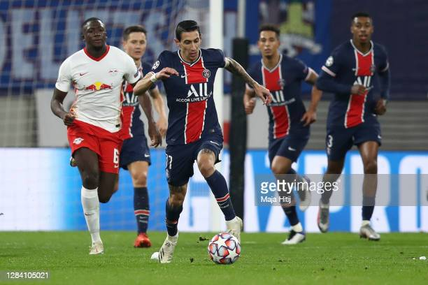 Angel Di Maria of Paris Saint-Germain controls the ball during the UEFA Champions League Group H stage match between RB Leipzig and Paris...