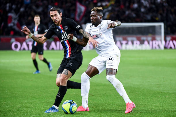 MHSC -EQUIPE DE MONTPELLIER -LIGUE1- 2019-2020 - Page 5 Angel-di-maria-of-psg-and-ambroise-oyongo-of-montpellier-during-the-picture-id1197940297?k=6&m=1197940297&s=612x612&w=0&h=Ex2s7bdvkEGW4Ck6LwI8TjKqaDT19_rKOpxj7pkl2po=