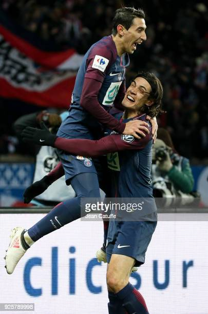 Angel Di Maria of PSG celebrates his goal with Edinson Cavani during the French National Cup match between Paris Saint Germain and Olympique de...