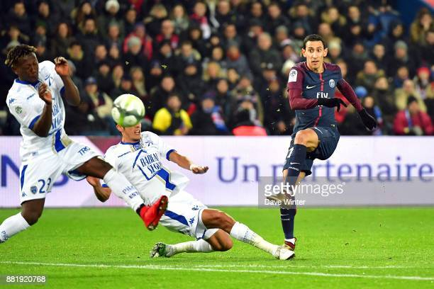 Angel Di Maria of PSG during the Ligue 1 match between Paris Saint Germain and Troyes Estac at Parc des Princes on November 29 2017 in Paris