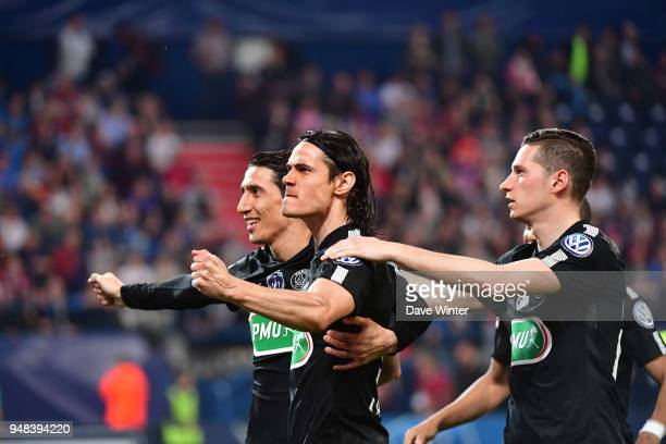 Angel Di Maria of PSG Edinson Cavani of PSG and Julian Draxler of PSG celebrate during the French Cup Semi Final match between Caen and Paris Saint...