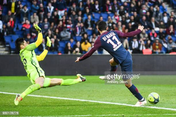 Angel Di Maria of PSG misses his chance during the Ligue 1 match between Paris Saint Germain and Metz at Parc des Princes on March 10 2018 in Paris
