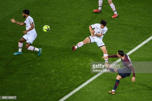 Angel Di Maria of PSG scores a goal during the Ligue 1 match between Paris Saint Germain and Dijon FCO at Parc des Princes on January 17 2018 in Paris