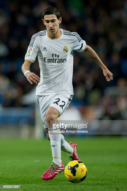Angel Di Maria of Real Madrid CF controls the ball during the La Liga match between Real Madrid CF and Real Valladolid CF at Estadio Santiago...