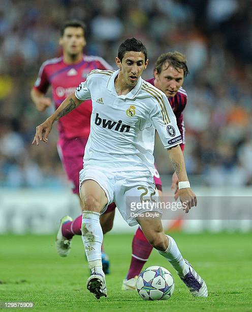 Angel Di Maria of Real Madrid in action during the UEFA Champions League Group D match between Real Madrid CF and Olympique Lyonnais at Estadio...