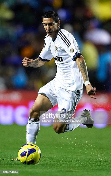 Angel Di Maria of Real Madrid runs with the ball during the La Liga match between Levante UD and Real Madrid at Ciutat de Valencia on November 11...