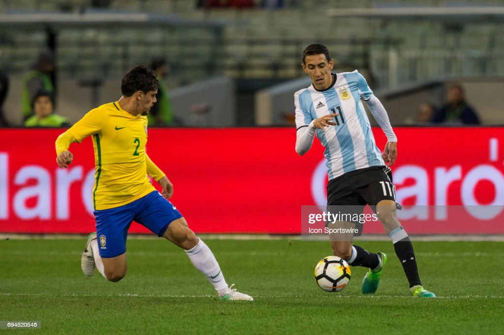 SOCCER: JUN 09 Brazil Global Tour - Brazil v Argentina : News Photo