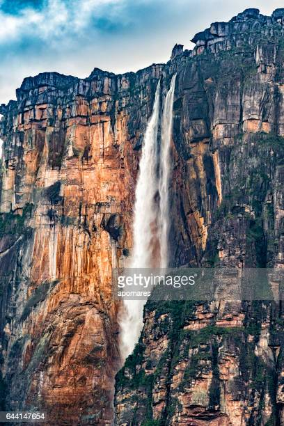 angel falls close-up view at auyan tepui. canaima national park - angel falls stock photos and pictures
