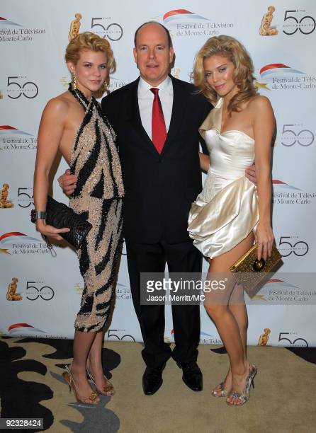 OUT*** Angel McCord HSH Prince Albert II of Monaco and actress AnnaLynne McCord attend the Monte Carlo Television Festival cocktail party held at the...
