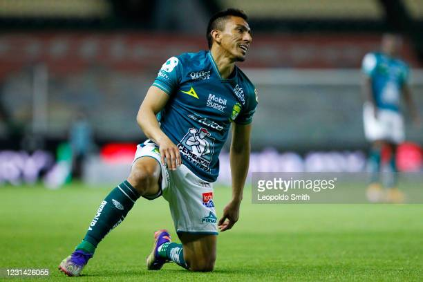 Angel Mena of Leon, reacts during the 8th round match between Leon and Cruz Azul as part of the Torneo Guard1anes 2021 Liga MX at Leon Stadium on...