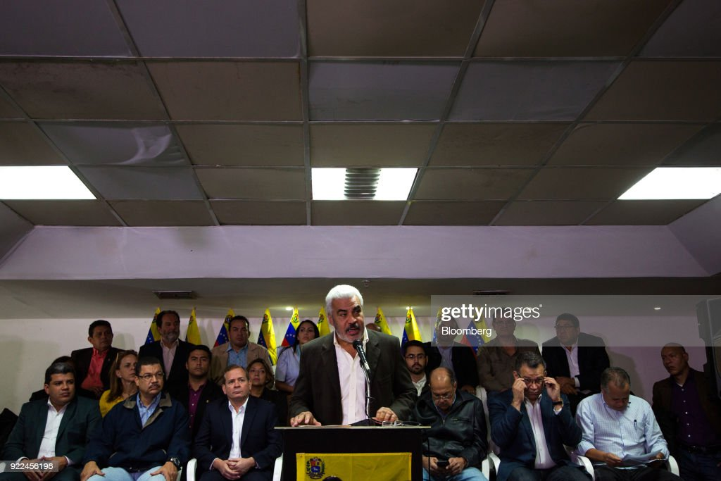 Venezuela's Opposition Alliance Rejects 'Fraudulent' Elections : Nachrichtenfoto