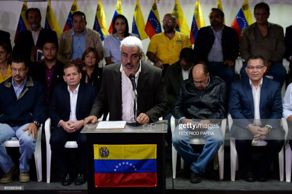 Angel Oropeza, political coordinator of the Venezuelan coalition of opposition parties (MUD), offers a press conference in Caracas on February 21, 2018. Venezuela's opposition announced Wednesday it would not participate in April 22 presidential elections without guarantees that they would be free and fair. /