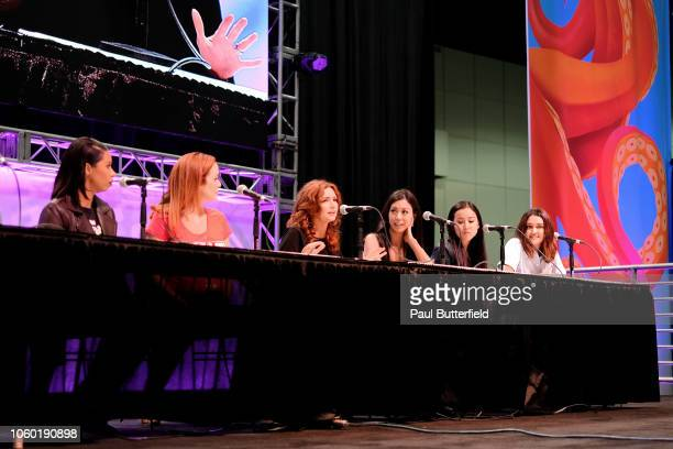 Angel Parker Annie Wersching Brigid Brannagh Brittany Ishibashi Lyrica Okano and Ariela Barer attend the 'Runaways' panel during Los Angeles Comic...