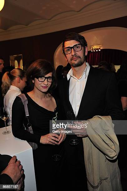 Angela and Daniel Richter attends the HenriNannenAward at the Schauspielhaus on May 8 2009 in Hamburg Germany