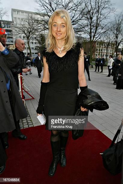 """Angela Baronin Von Schilling Bei Der Verleihung Des 40. """"Adolf Grimme Preis"""" Im Theater In Marl Am 030404 ."""