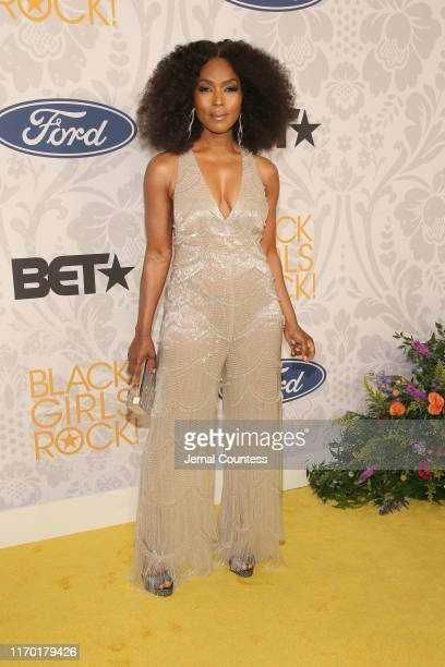 Angela Bassett attends Black Girls Rock 2019 Hosted By Niecy Nash at NJPAC on August 25, 2019 in Newark, New Jersey.