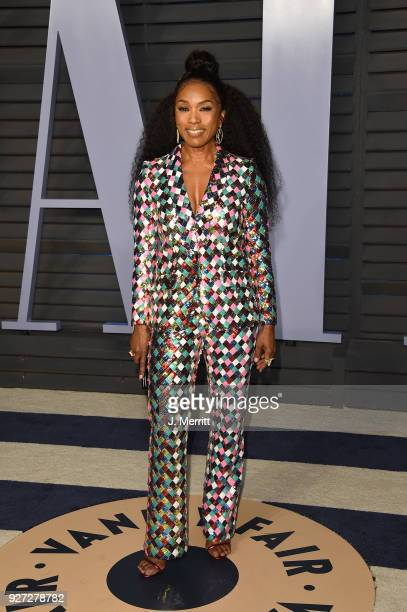 Angela Bassett attends the 2018 Vanity Fair Oscar Party hosted by Radhika Jones at the Wallis Annenberg Center for the Performing Arts on March 4...