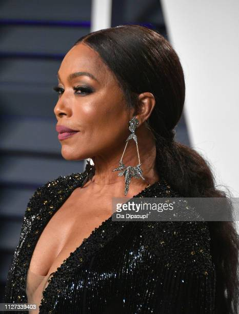Angela Bassett attends the 2019 Vanity Fair Oscar Party hosted by Radhika Jones at Wallis Annenberg Center for the Performing Arts on February 24...