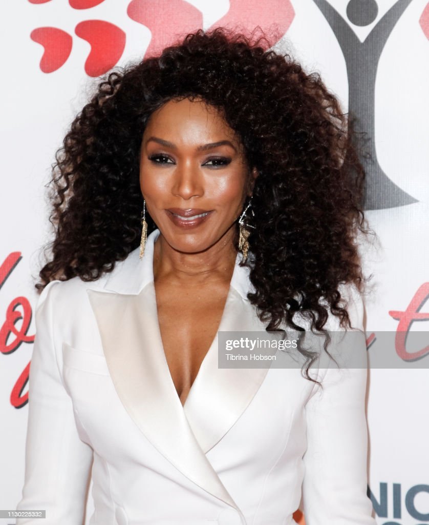 CA: Angela Bassett And Joel McHale Host The Hearts For Hope Gala Benefiting Union Rescue Mission