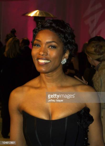 Angela Bassett during 2002 Vanity Fair Oscar Party Hosted by Graydon Carter Arrivals at Morton's Restaurant in Beverly Hills California United States