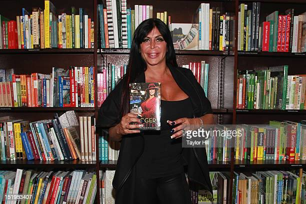 Angela Big Ang Raiola promotes her new memoir Bigger is Better RealLife Wisdom from the NoDrama Mama at Barnes Noble Tribeca on September 13 2012 in...
