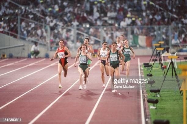 Angela Chalmers of Canada,, eventual race winner Elena Romanova of the Unified team, PattieSue Plumer, Tatiana Dorovskikh of the Unified Team, and...