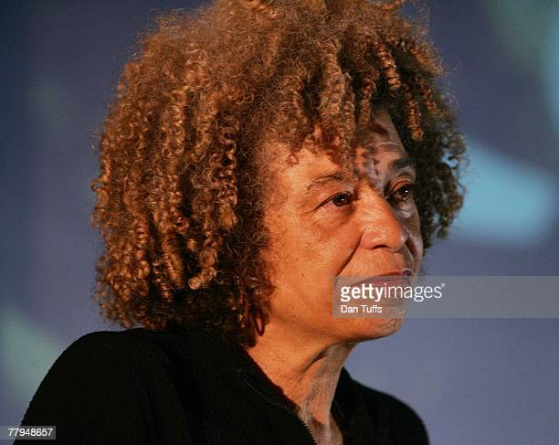 Angela Davis speaks in Oakland California on November 3 2007