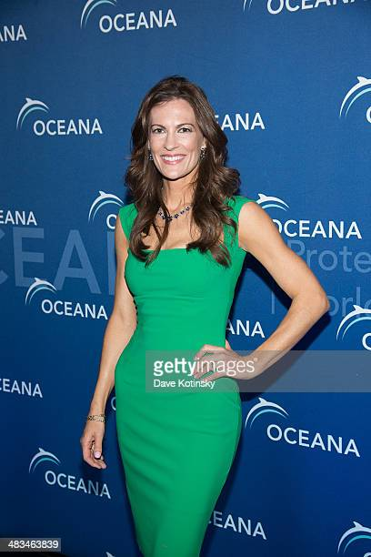 Angela Kilcullen attends Oceana's New York City Benefit at Four Seasons Restaurant on April 8 2014 in New York City