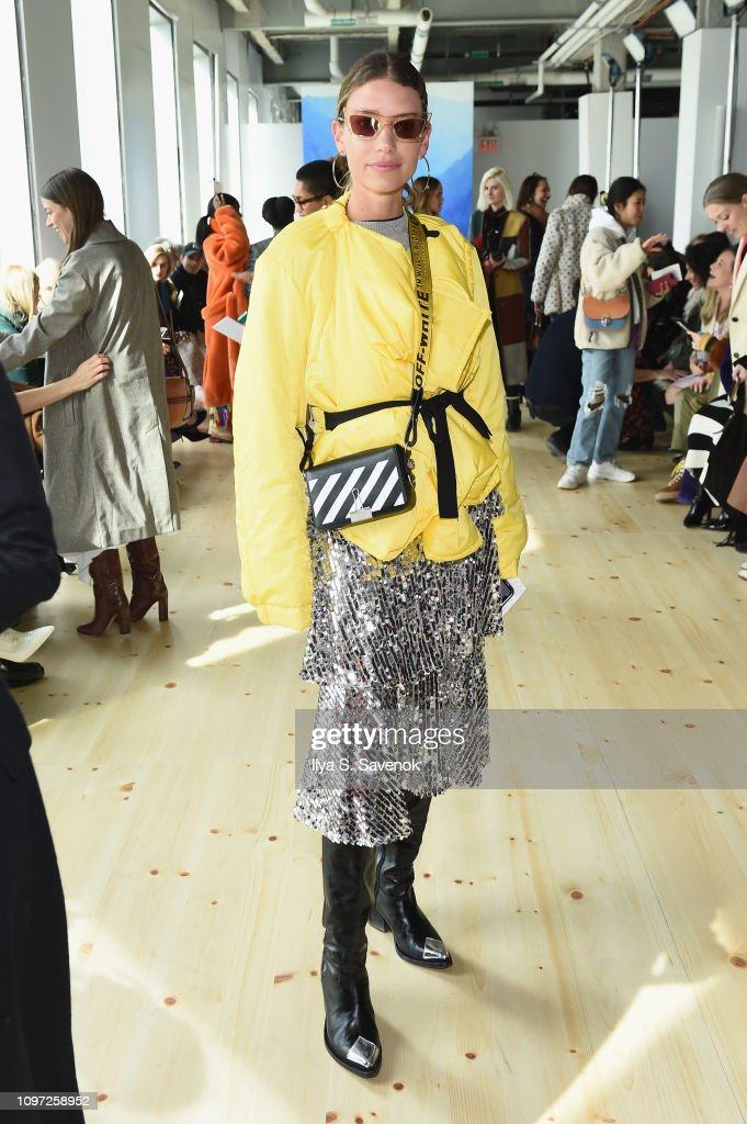Tory Burch Fall Winter 2019 Fashion Show - Front Row : News Photo