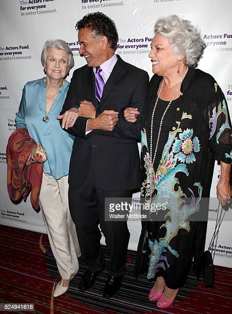 Angela Lansbury Brian Stokes Mitchell Tyne Daly attending the Actors Fund Gala honoring Harry Belafonte Jerry Stiller Anne Meara David Steiner at the...