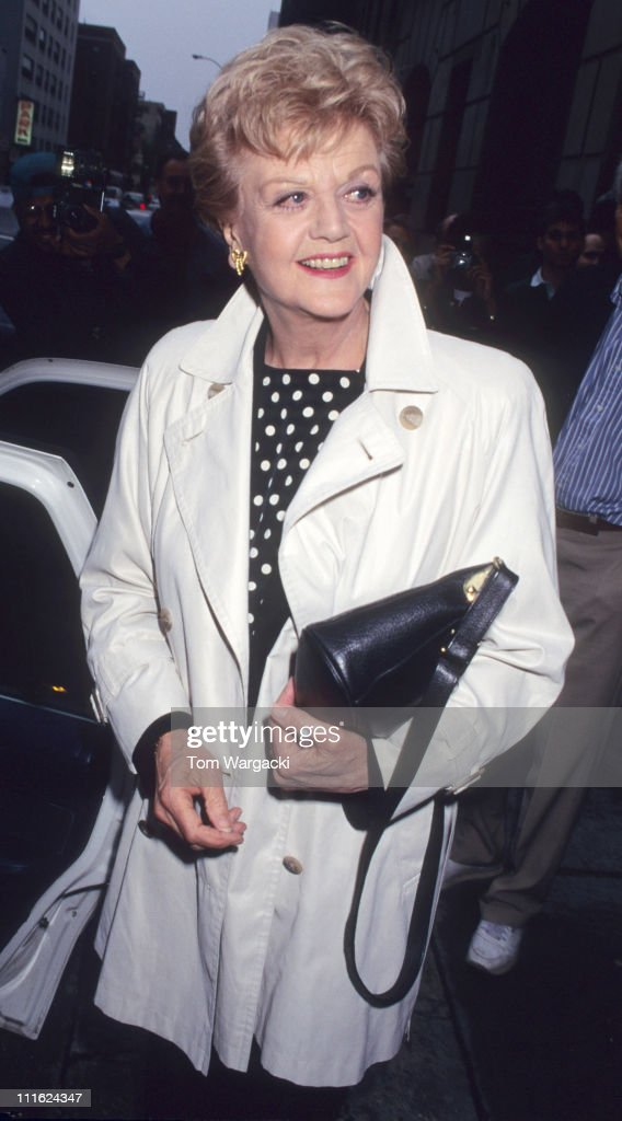 "Angela Lansbury at the ""Late Show with David Letterman"" - May 16, 1995 : News Photo"